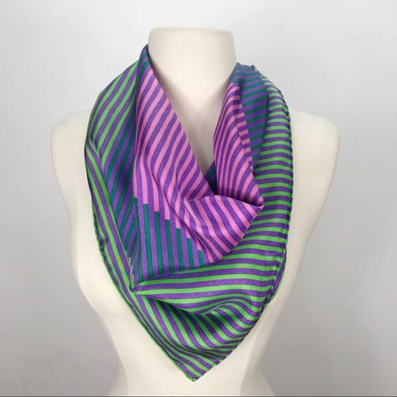 Silky Wave Stripes Scarf